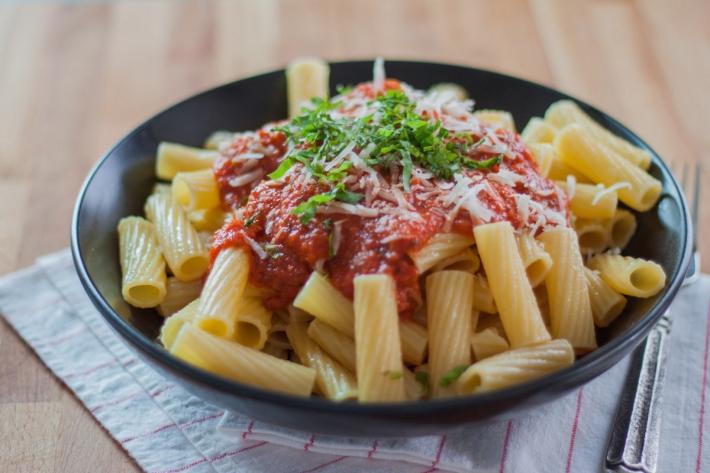 Sous Vide Tomato-Basil Pasta Sauce